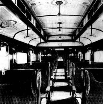 Afb. 4 - Het Luxueuze interieur van de ZHESM-rijtuigen.