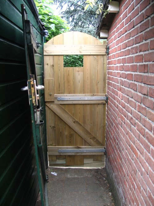 Bedwelming Een nieuwe poort maken - Automatic-rock.nl @YV33